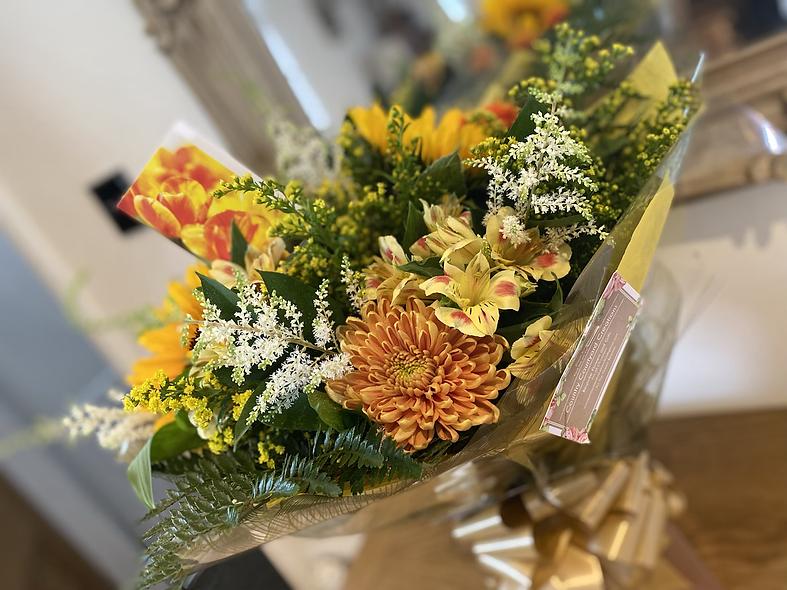 Large sunflower bouquet