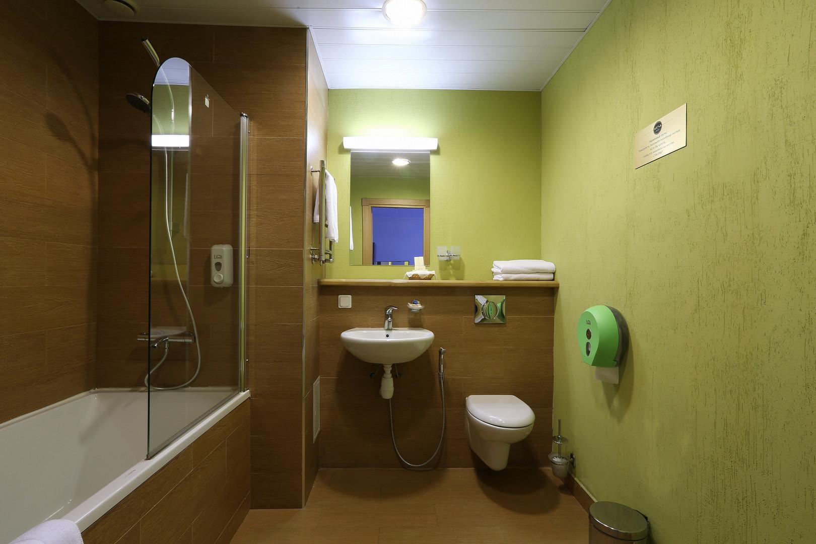 8E2A0228 туалет люкс ок.JPG