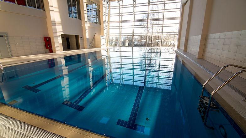 Отель с бассейном спб