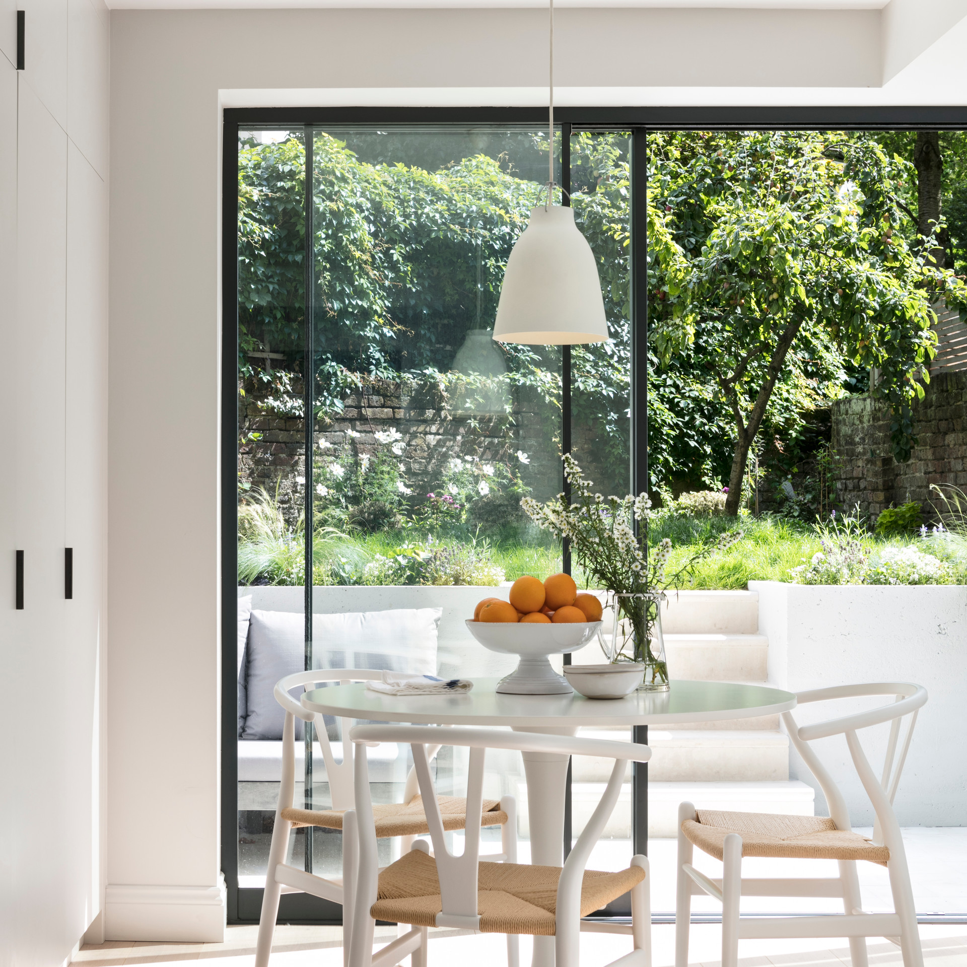 Dining Area  - Design & Build by Freemand & Whitehouse