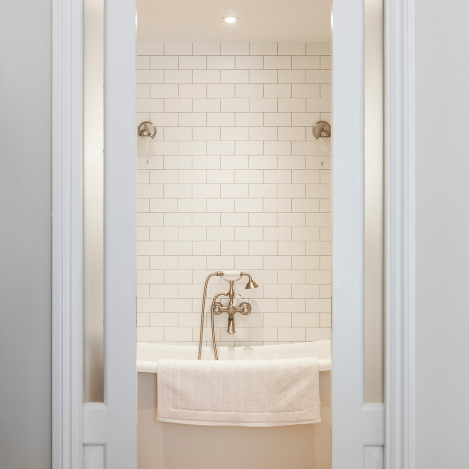 Bath and Sliding Doors  - Design & Build by Freemand & Whitehouse
