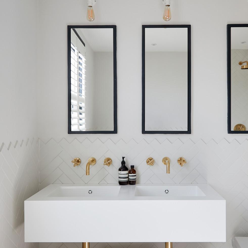Master Bathroom Vanity Unit - Design & Build by Freeman & Whitehouse