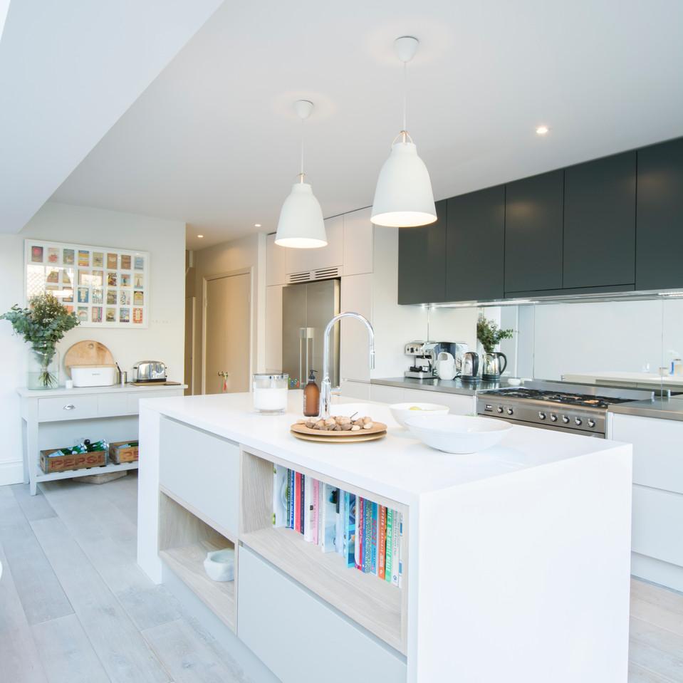 Kitchen Unit 1.jpg