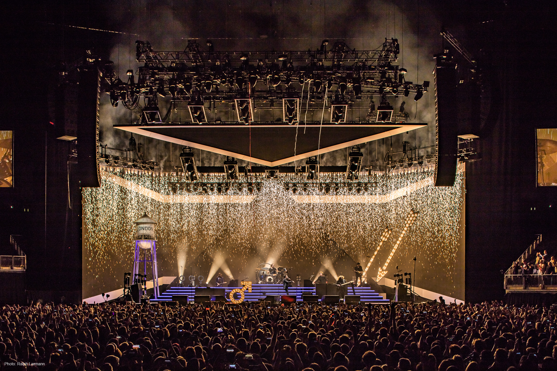 0333_LR-Final-Selection_THE-KILLERS-live