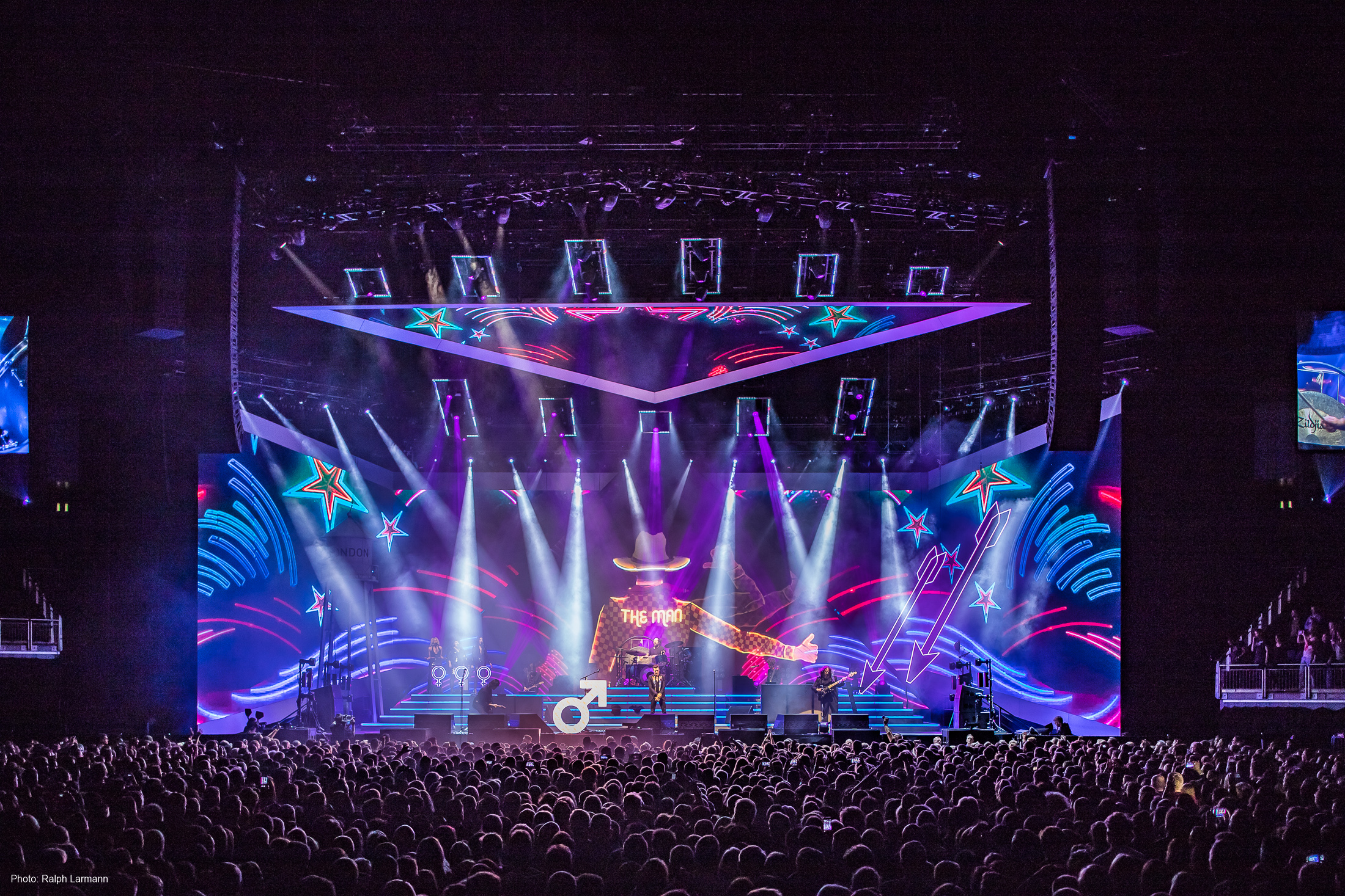 0243_LR-Final-Selection_THE-KILLERS-live
