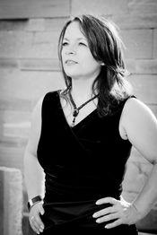 Nadia Acquaroli - Sängerin