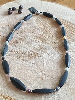 Halskette, Onyx und Saphire