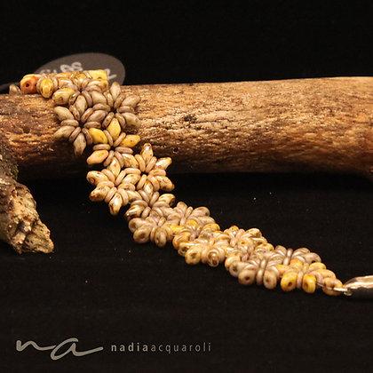 Blumenarmband braun-beige