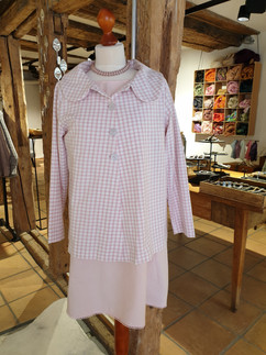 Jacke und Kleid rosa.jpg