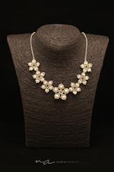 129- Halskette Blumen Swarovski.jpg