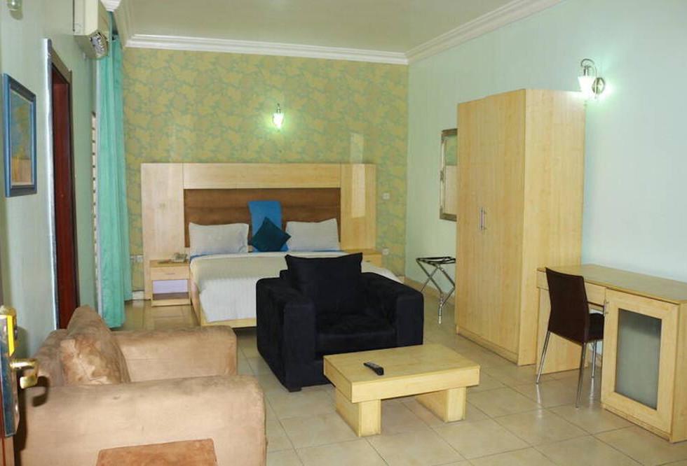 1804 room 3.jpeg