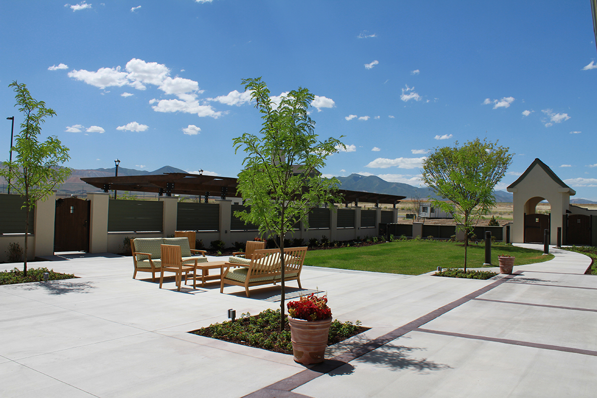 Garden Park Clubhouse Courtyard - South Jordan, UT