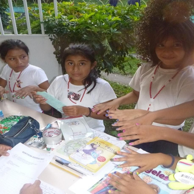 Guatemala 2018 girls_2.jpg