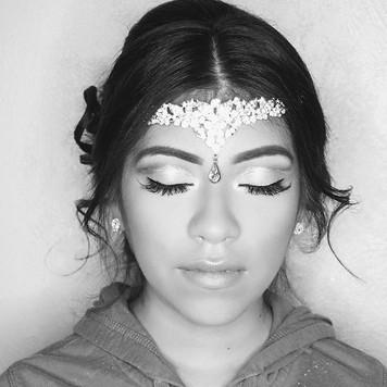 ✳G L A M O U R ✳_Brows #anastasiabrows _eyes #violetvossholygrail _Glitter #stillacosmetics _Lashes #individuallashes _Foundation #katvond _