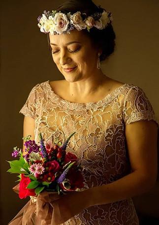 🎥 Vintage Bride 🎬_._._Just in awe of this Bridal glam all done in a vintage feel...💐_._.jpg