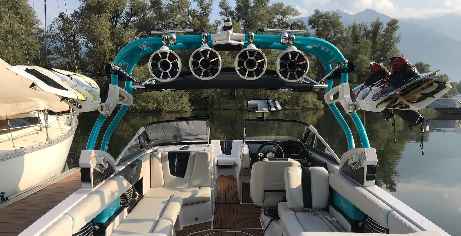 Super Air Nautique G25 Bootsvermietung