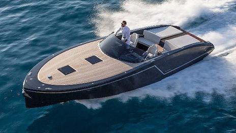 Sea Ray 250 - Bootsvermietung, Boatscharter Locarno