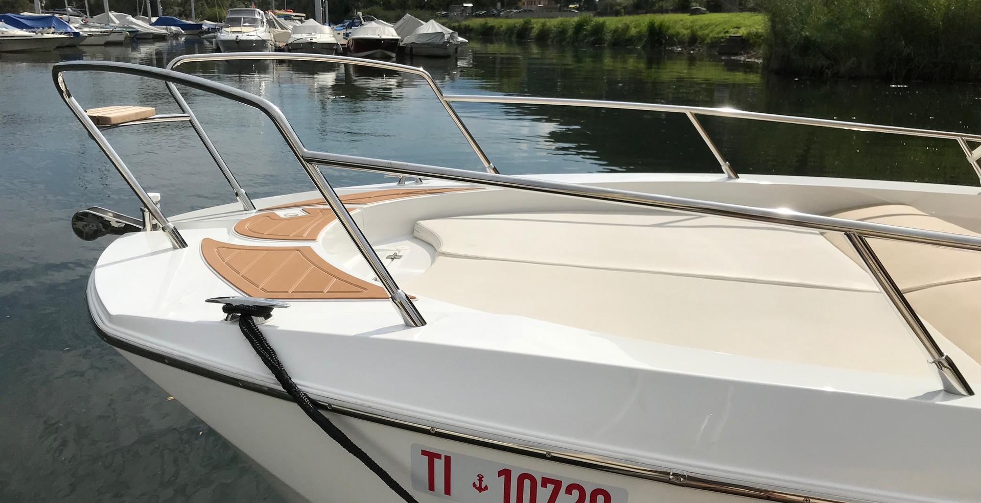 Idea 70 -  Boats Charter Lago Maggiore