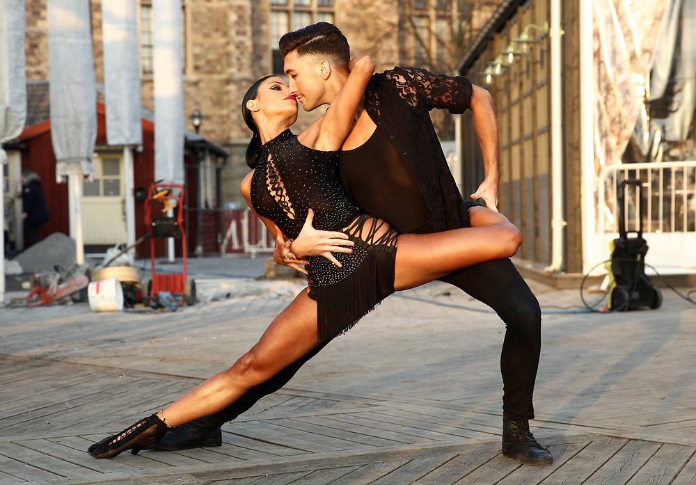 Aaron Brown & Jasmine Takacs