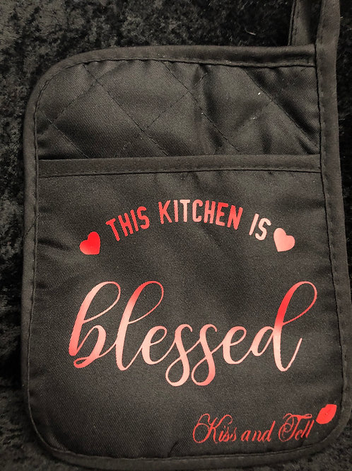 THIS KITCHEN IS BLESSED POT HOLDER/ OVEN MITT