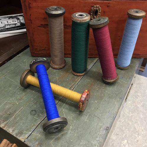 """QLS - Quaker Lace Set - six 7 x 2"""" bobbins with thread"""