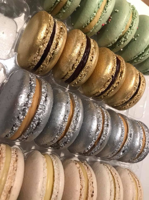 Gold & Silver macarons