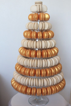 Glod & White macaron tower