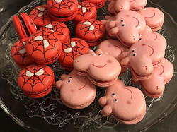 Peppa pig & spiderman macarons