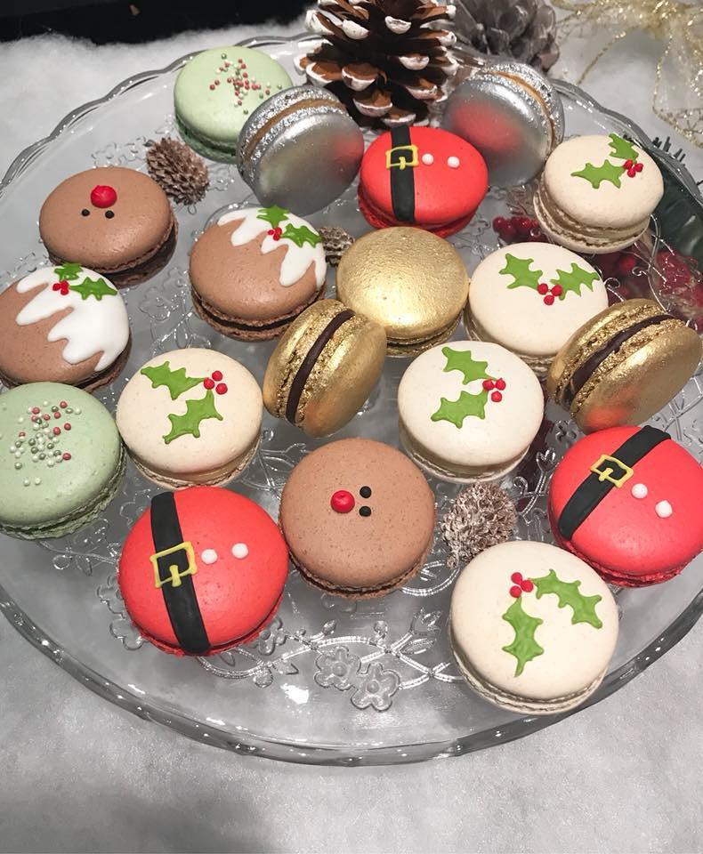 Christmas Macarons.Christmas Macarons
