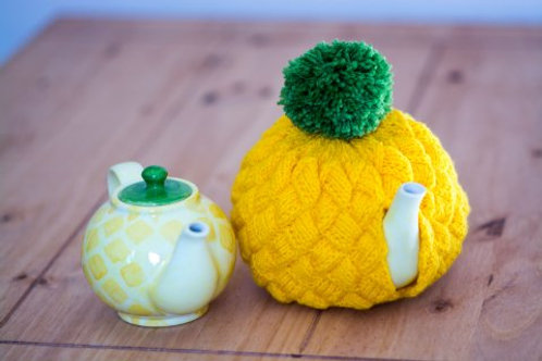 Pineapple Teapot and Cosy