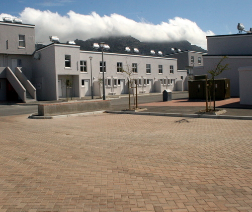 Steenberg permeable paving