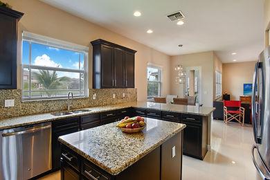 4 P4 Kitchen 2.jpg