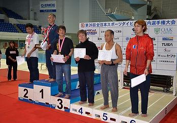 200m潜泳男子.jpg