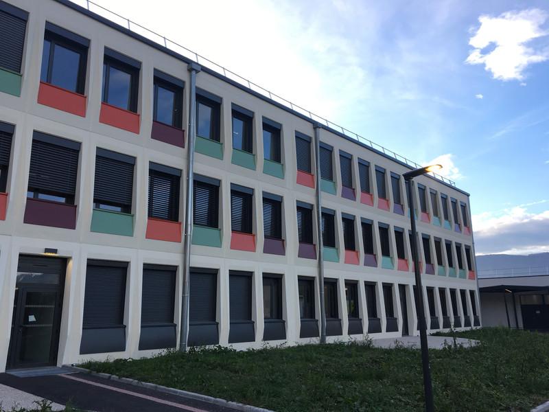 Façade Collège La Moulinière à Domène