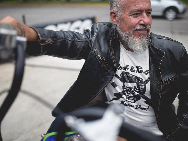 Men's Rock & Roll Never Dies