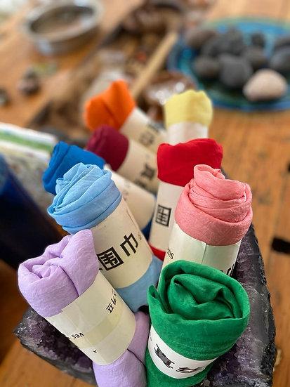 צעיפי משי בשלל צבעים