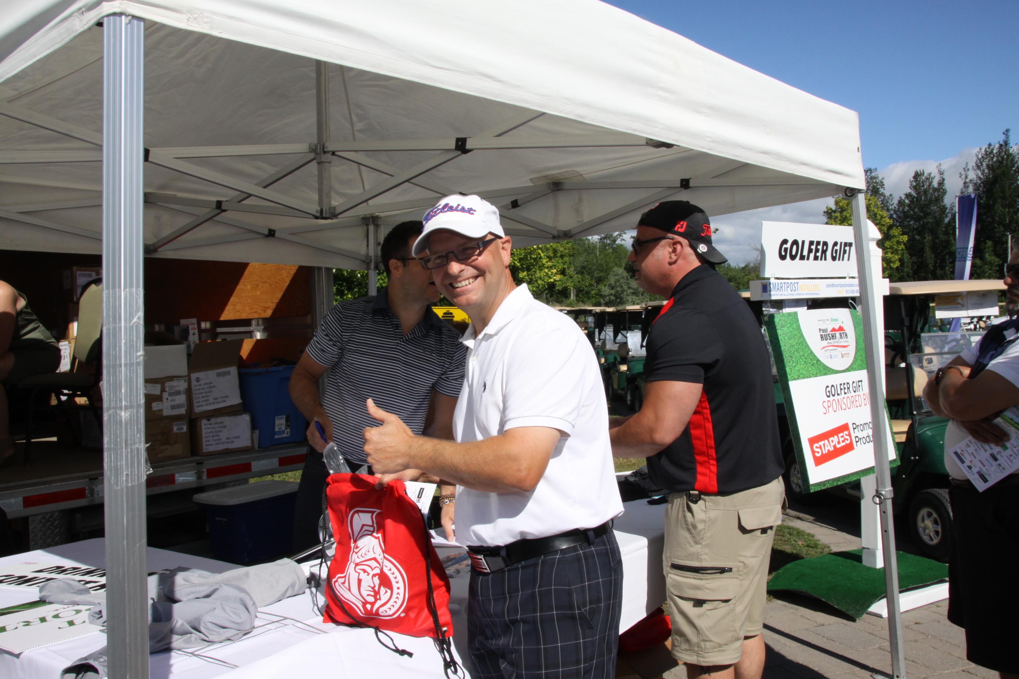 PRgolf2018 (12) Golfer gift