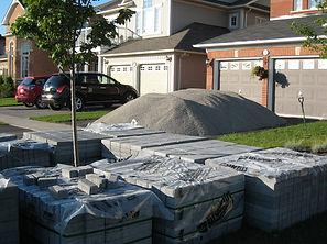 Ottawa DIY patio, Ottawa DIY Landscaping, Ottawa Excavation, Ottawa Landscaping, Ottawa Interlock