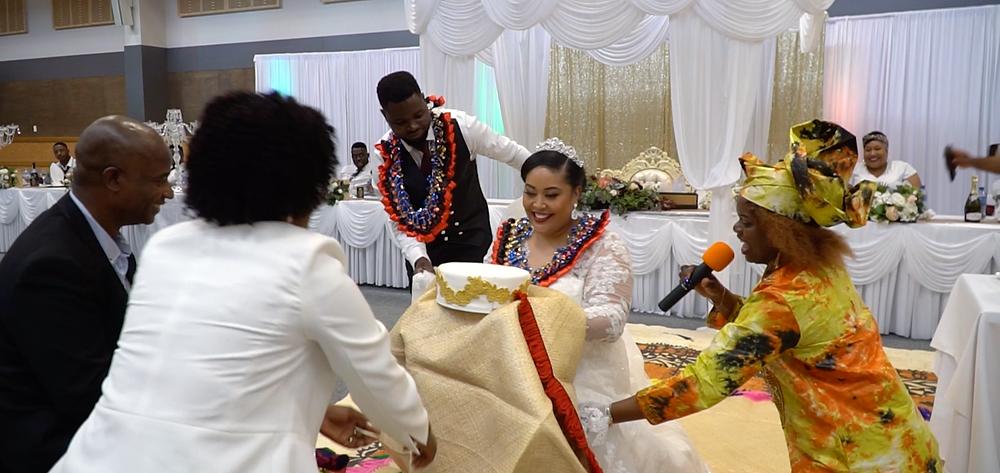 Tonga wedding presenting the blanket