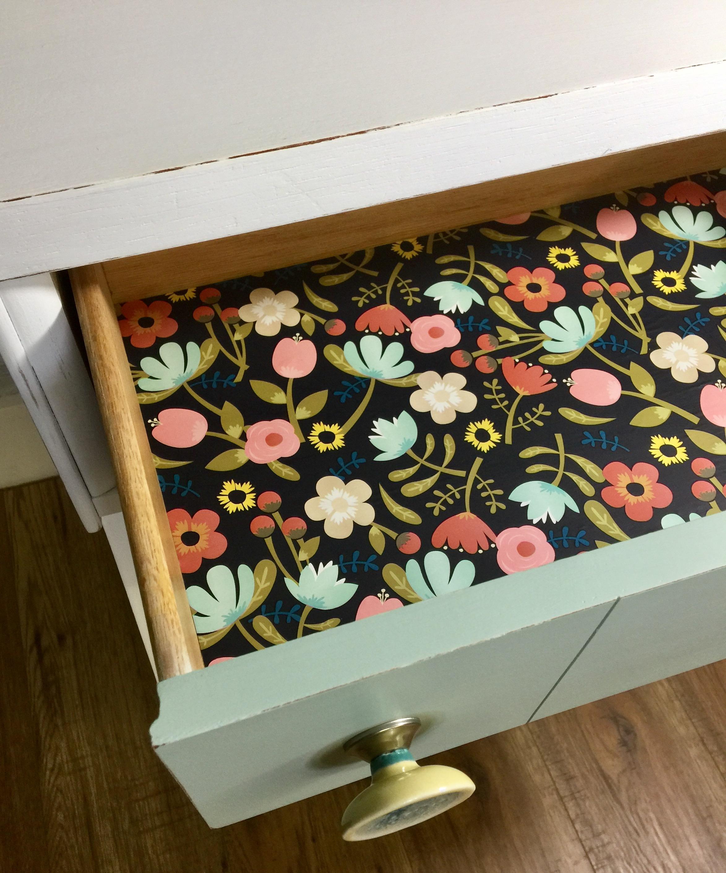 mcm nightstand detail