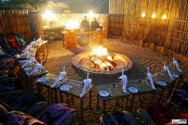Boma - Pilanesberg Game Lodge