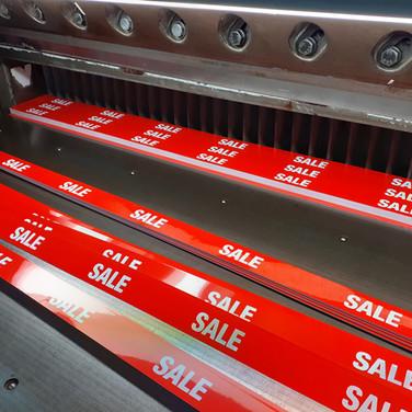 shelf_strips_sale_guillotine_trimming.jp