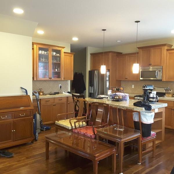 kitchen built ins-before.jpg