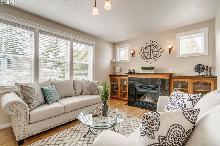 Mt. Tabor Living room-professional after