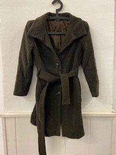 Abrigo marrón mujer