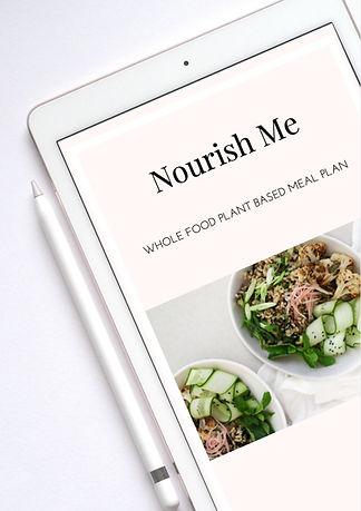 Nourish Me: Whole food plant based meal plan Samantha Dawn