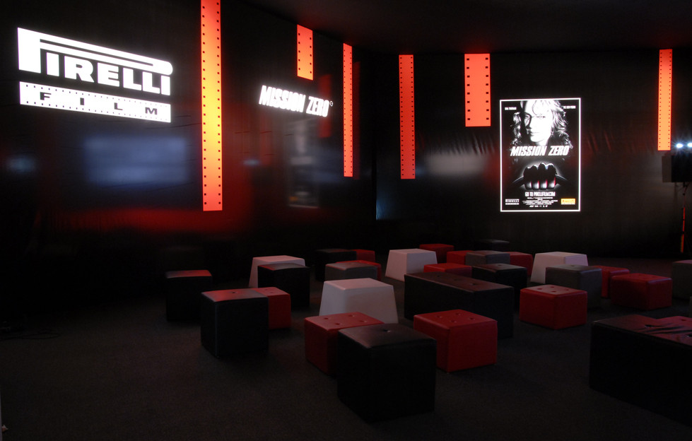 Set-up area dedicata al lancio Internazionale del film Mission Zero | Conference Room Staging