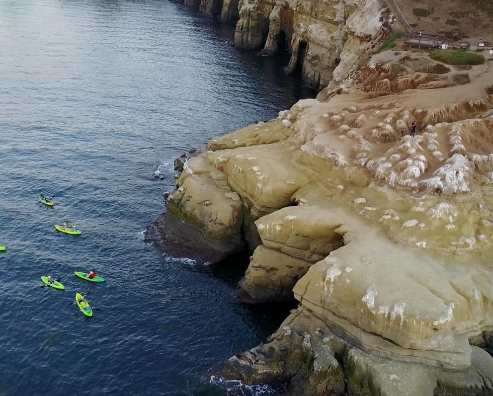 La Jolla Cove: kayaks and painted rocks