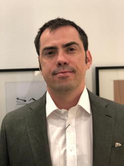 Dr. Fabiano Jares Contesini