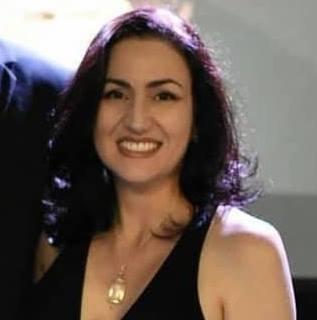 Profa. Dra. Luciana Ferracini dos Santos